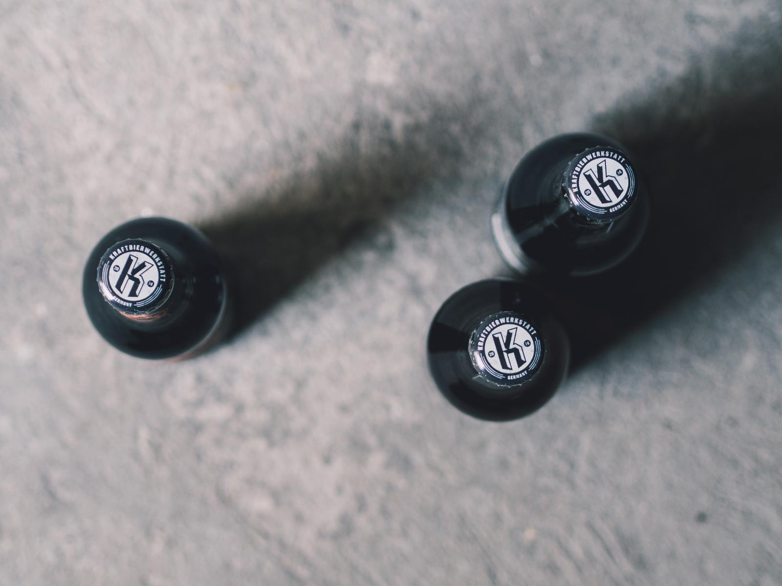 Man sieht 3 Bierflaschen der Craftbier-Brauerei