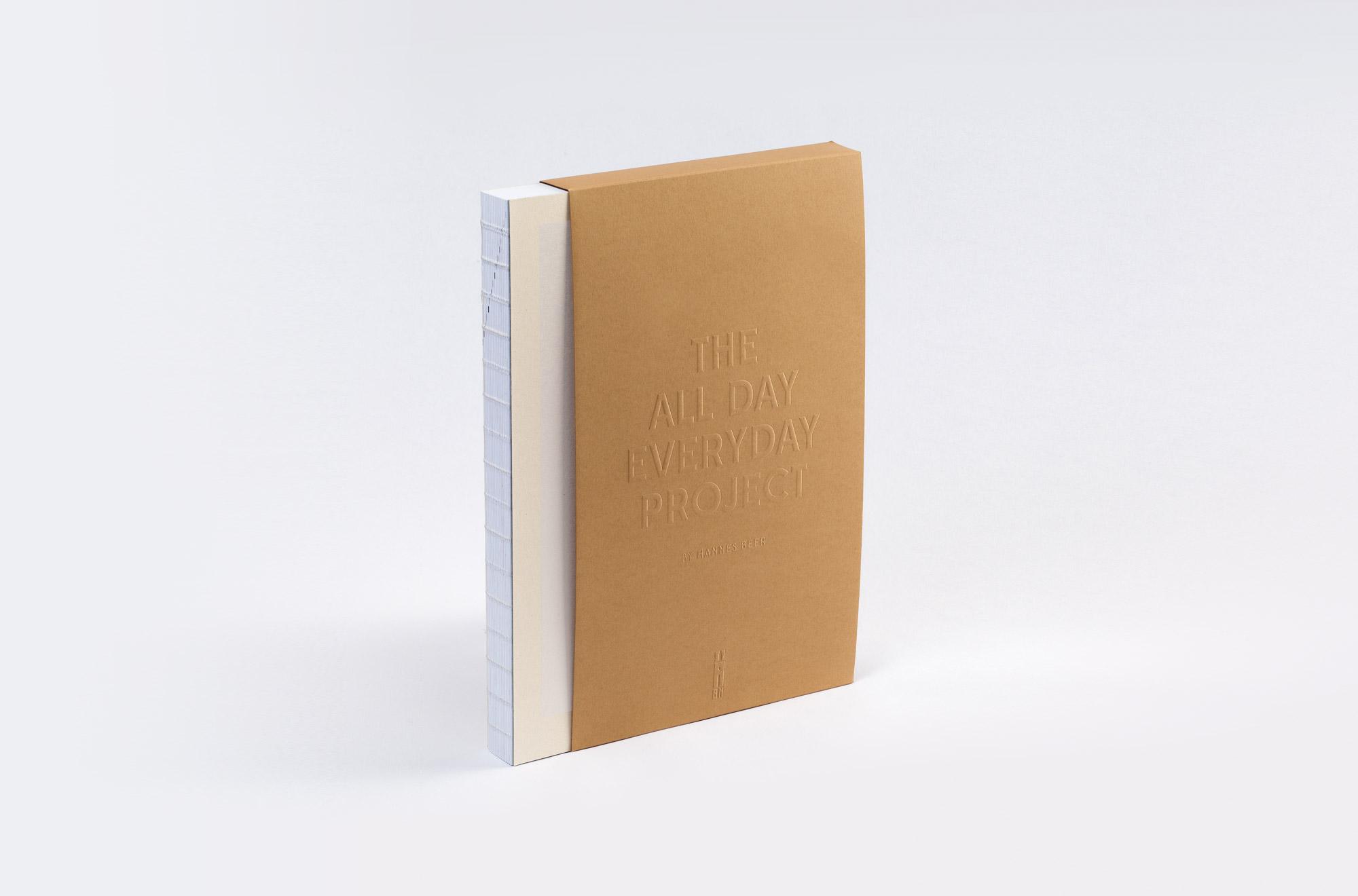 Man sieht das Buch